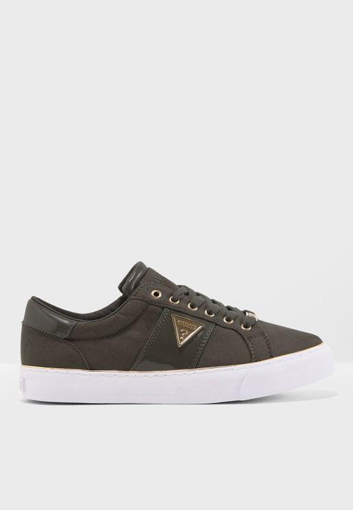 Slowly Low Top Sneaker