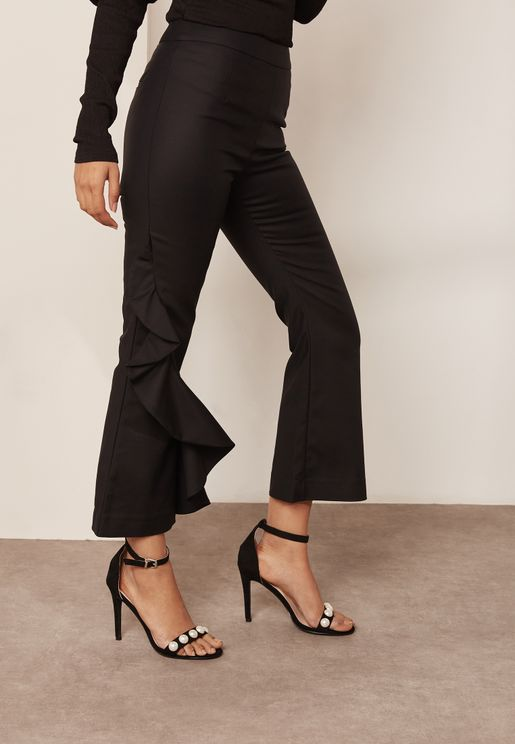 Ruffle Detail Crop Pants