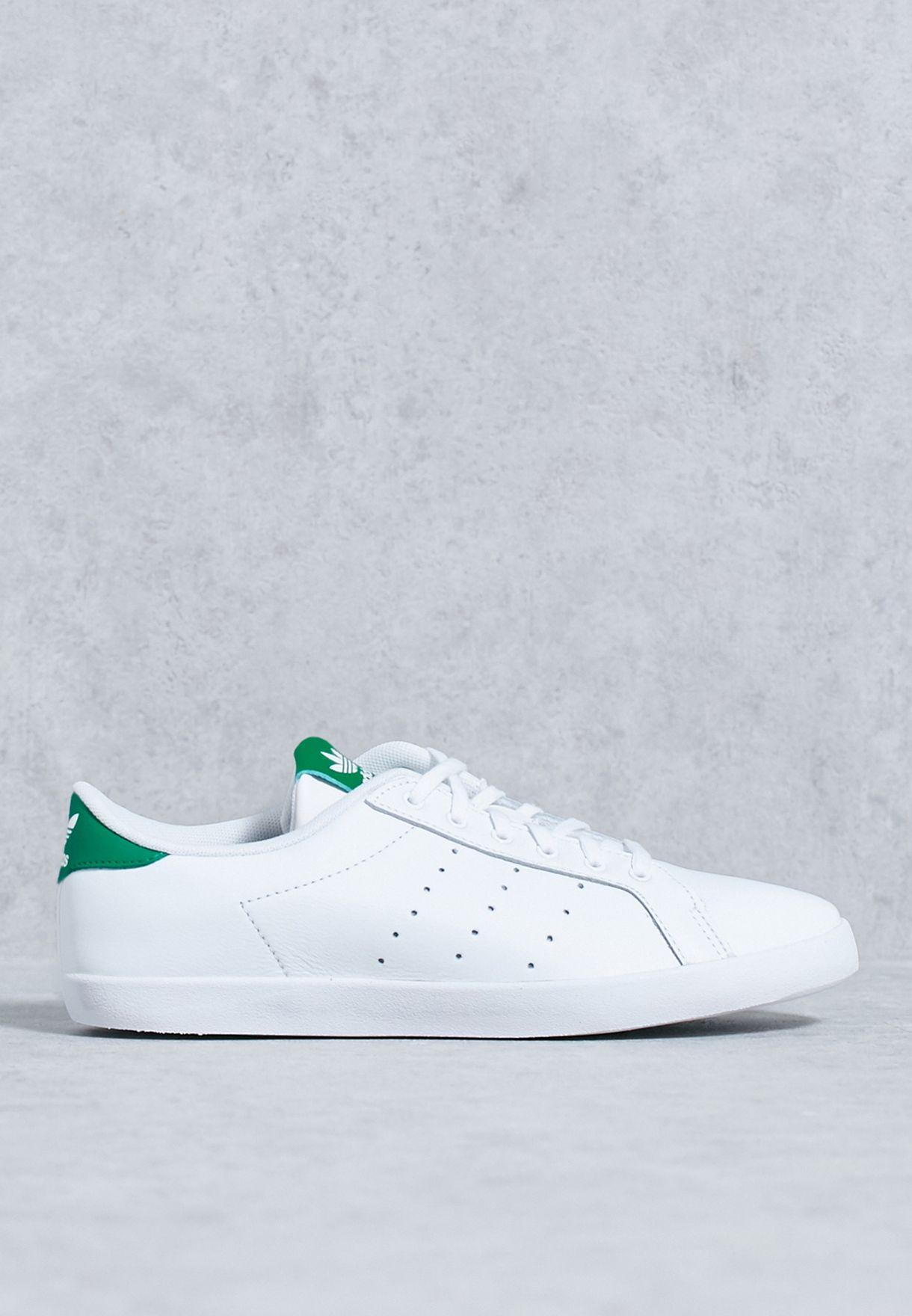 newest fb513 4ca8a adidas Originals