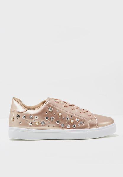 Narvi Low Top Sneakers