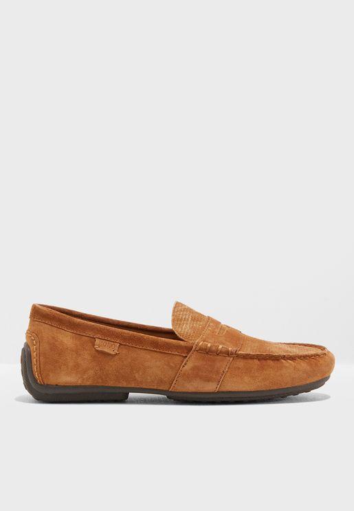حذاء شمواة سهل الارتداء