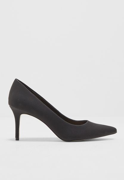 Pointy Toe Mid Heel Pump
