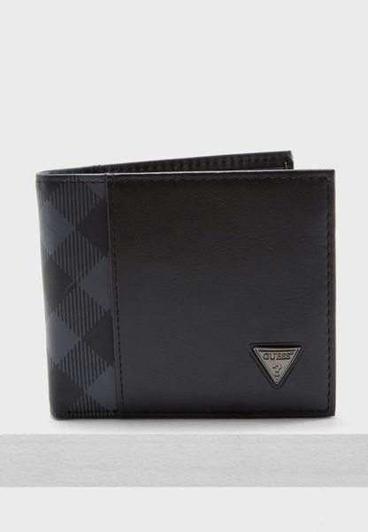 Global Passcase Wallet
