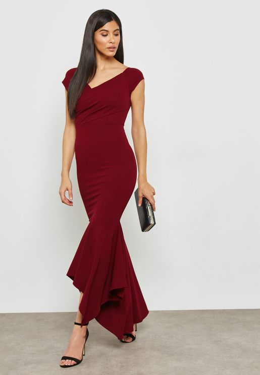 فستان مكسي عاري الكتفين