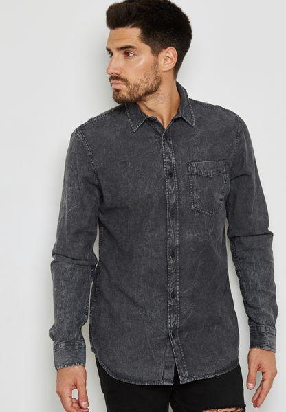 قميص جينز بضربات باهتة