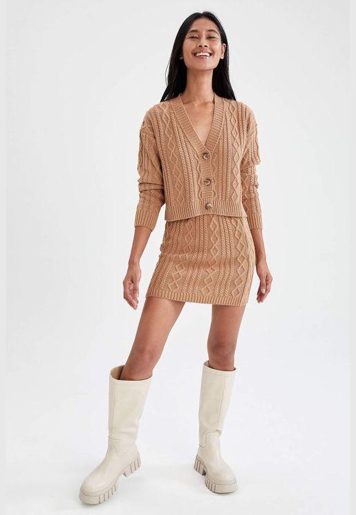 Woman Slim Fit Skirt
