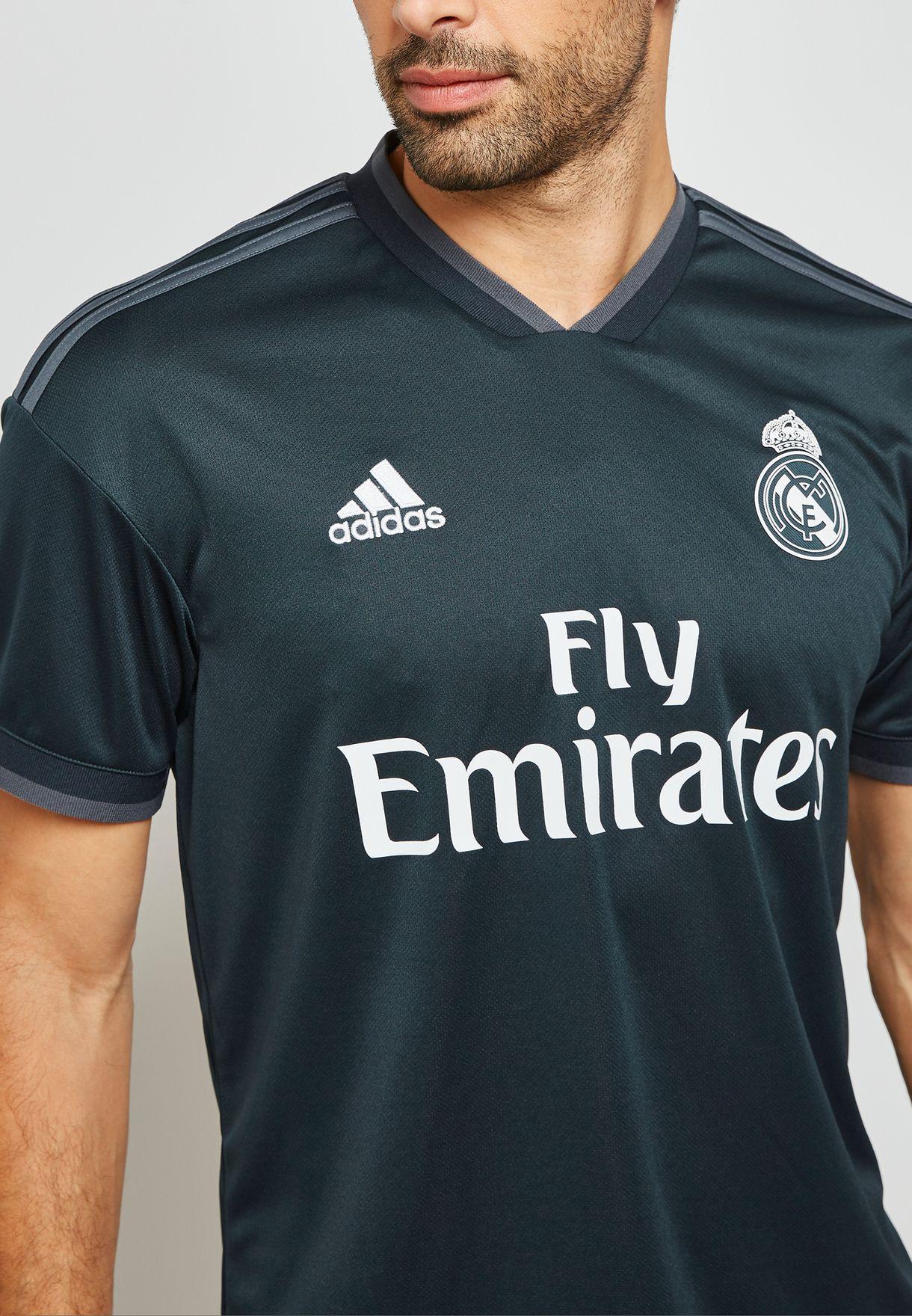 تيشيرت بشعار نادي مدريد لكرة القدم