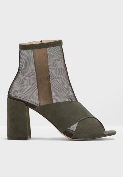 Uganda Mesh Sock Fit Ankle Boot