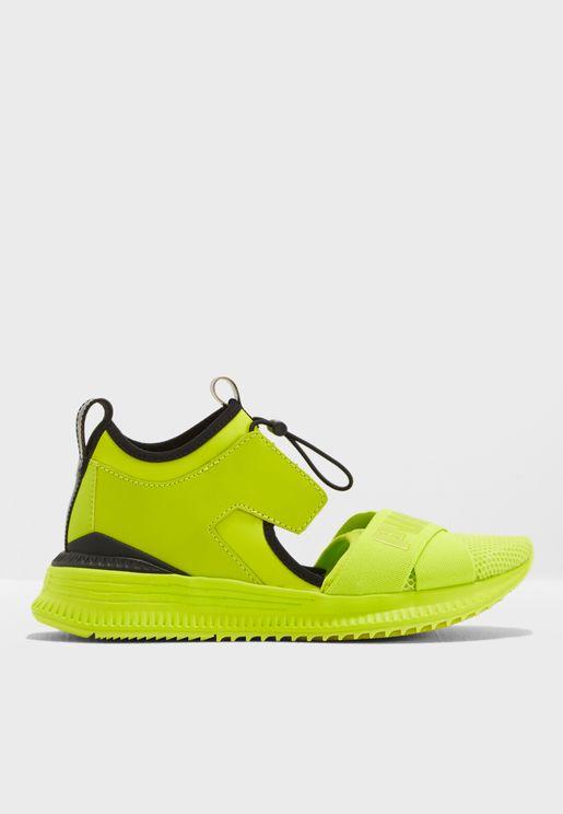 حذاء افيد ترينر