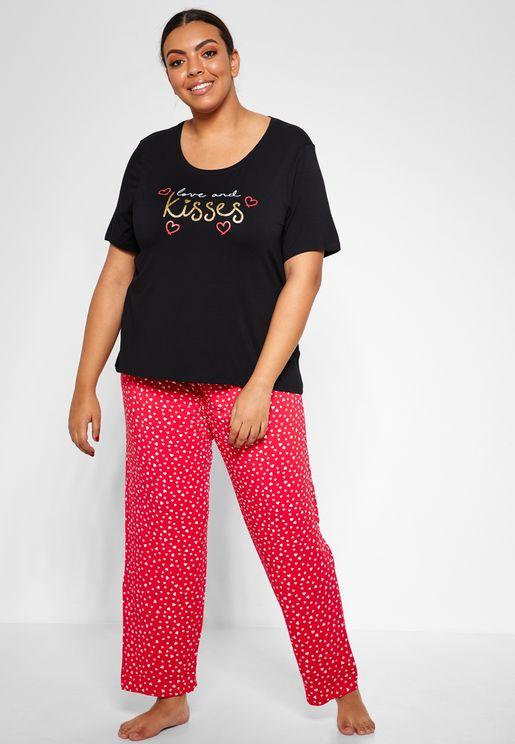 Love & Kisses T-shirt & Pyjama Set