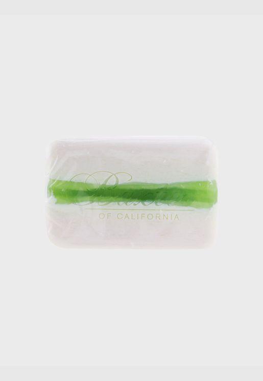 صابون منظف بالفيتامين (خلاصة الليمون الأخضر الإيطالي والرمان)