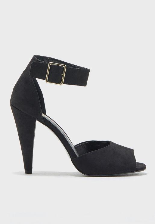 حذاء بسير كاحل