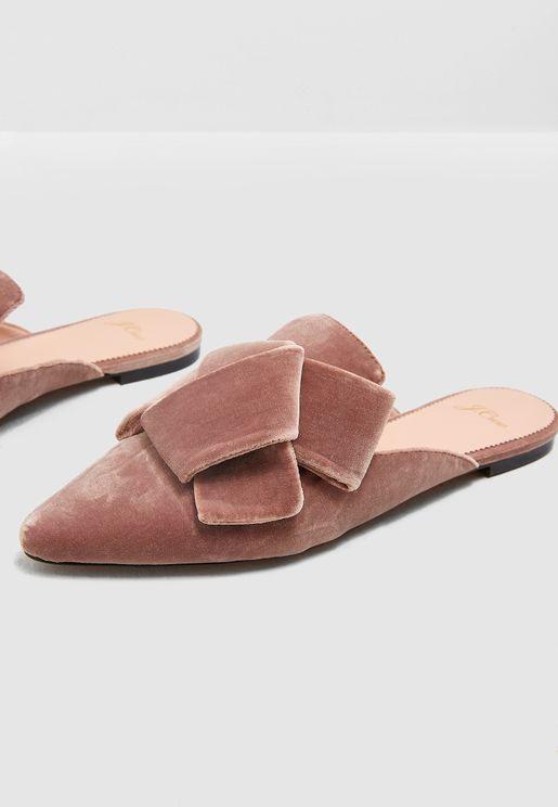 حذاء فلات سهل الارتداء
