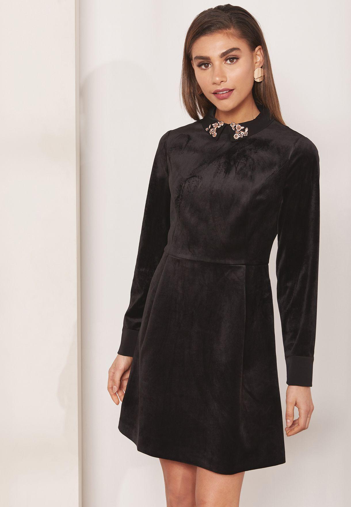 63e4f2078 Shop Ted baker black Alava Embellished Velvet Dress 152855 for Women ...