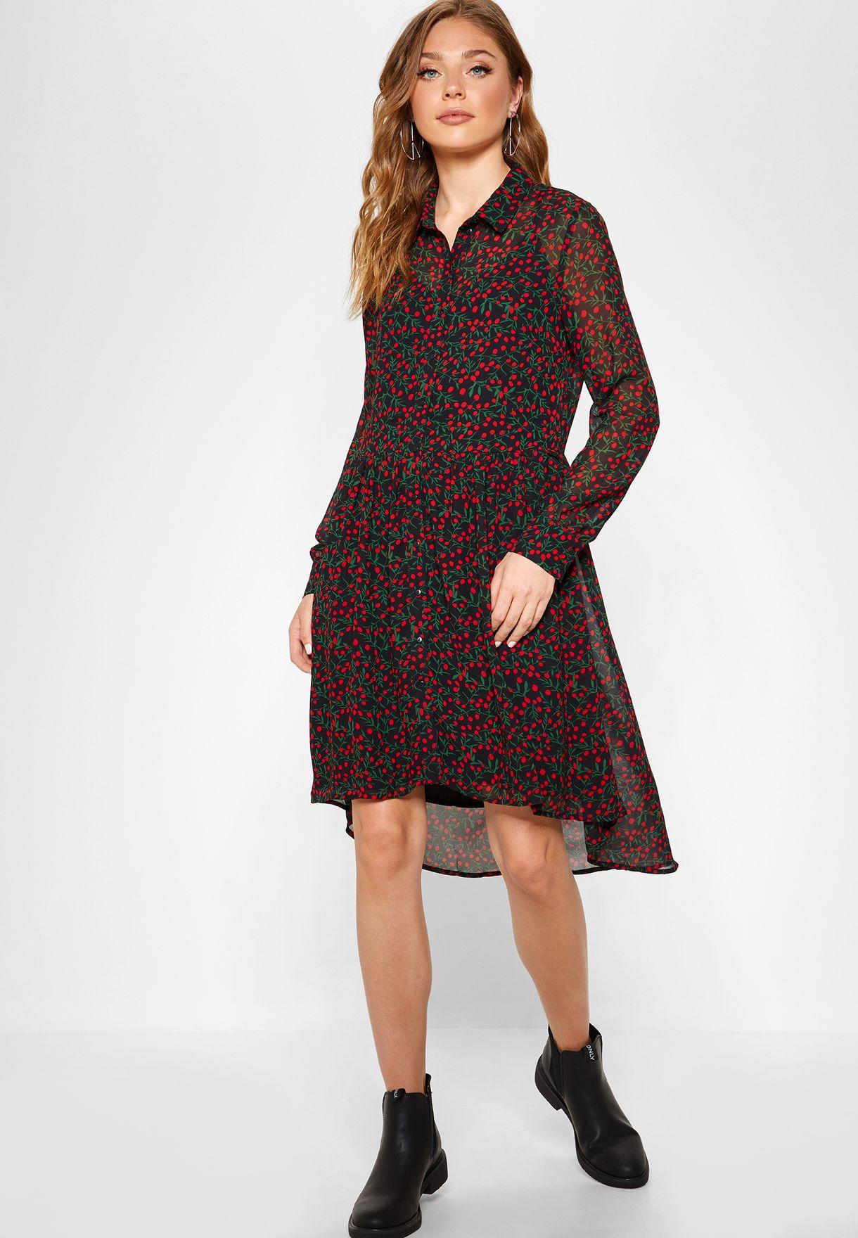 فستان بطبعات وحواف مختلفة في الطول