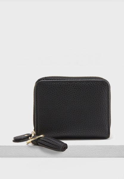 محفظة مزينة بحلية