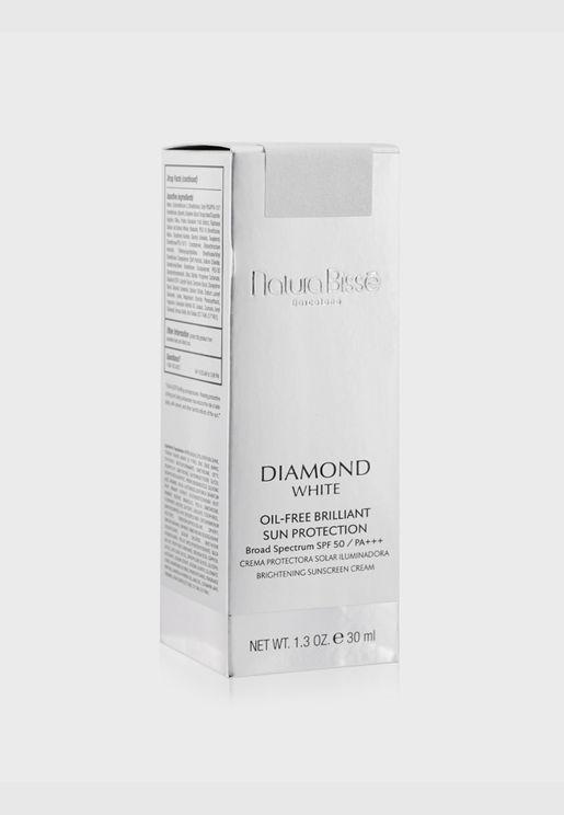 Diamond White Oil-Free Brilliant Protection SPF 50 PA+++
