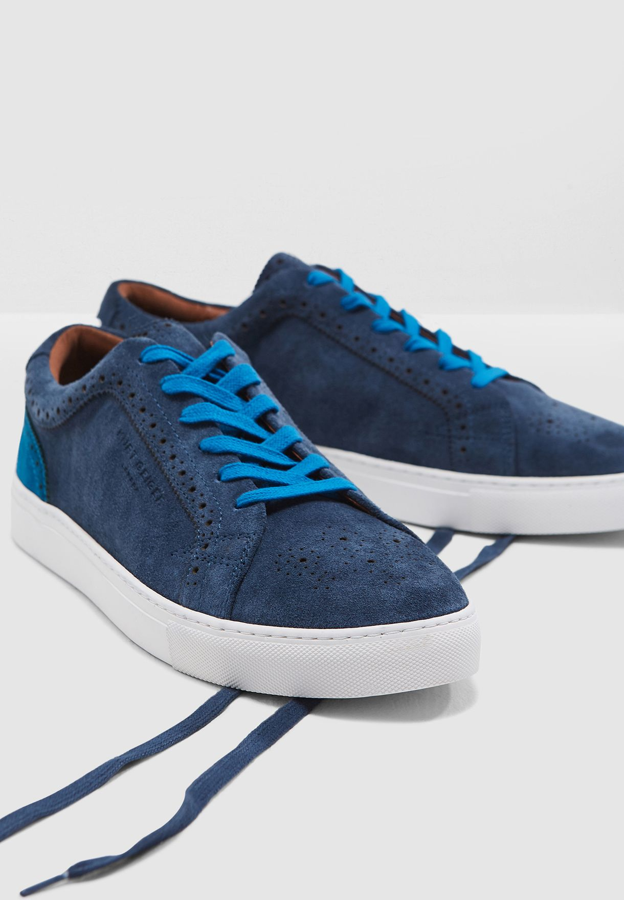 Theo Sneakers