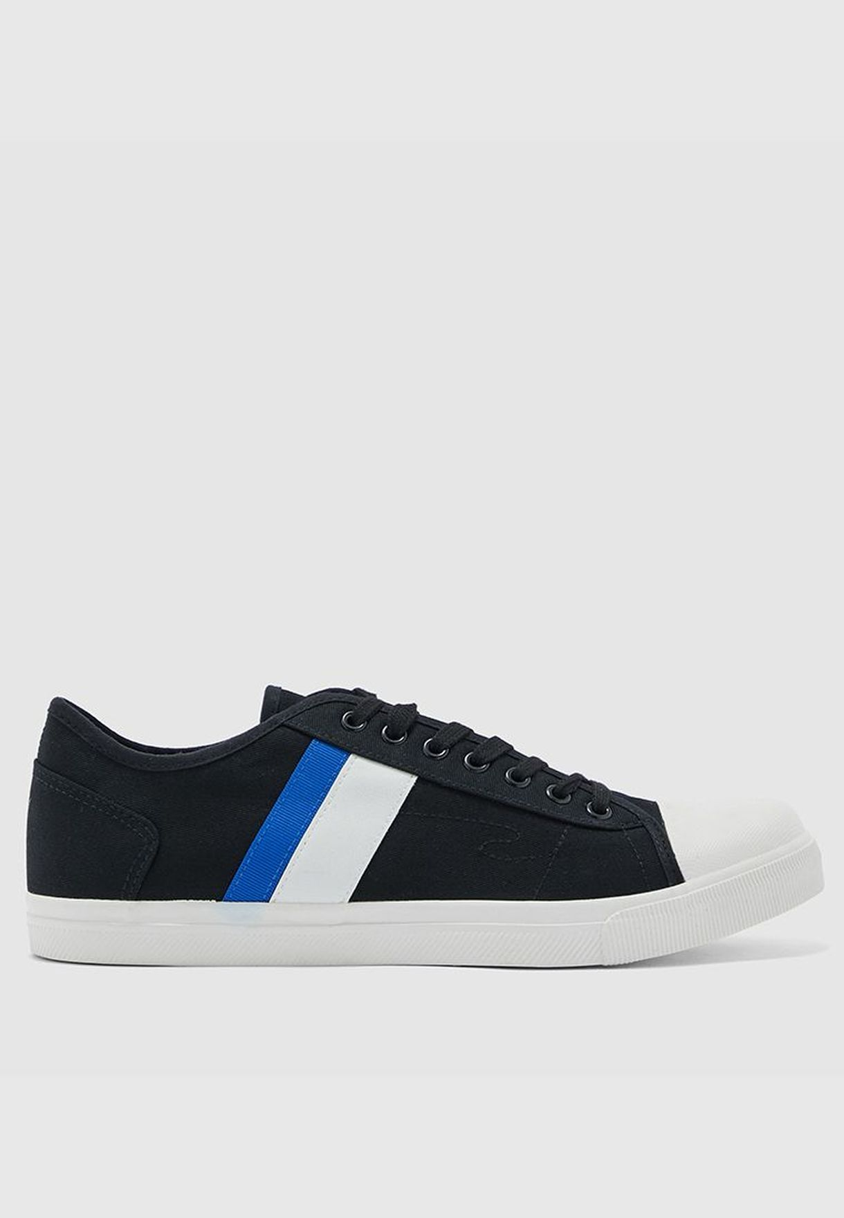 Ricky Low-Top Sneakers