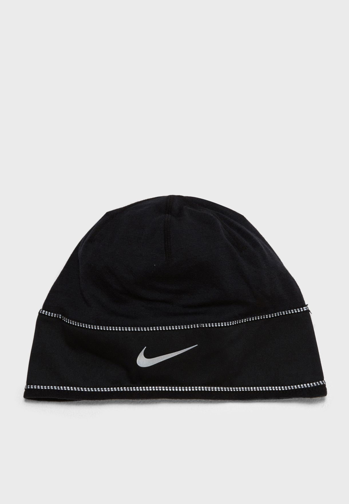3d3be9b37a4 Shop Nike black Skully Beanie 803947-010 for Men in UAE - NI727AC08HSX