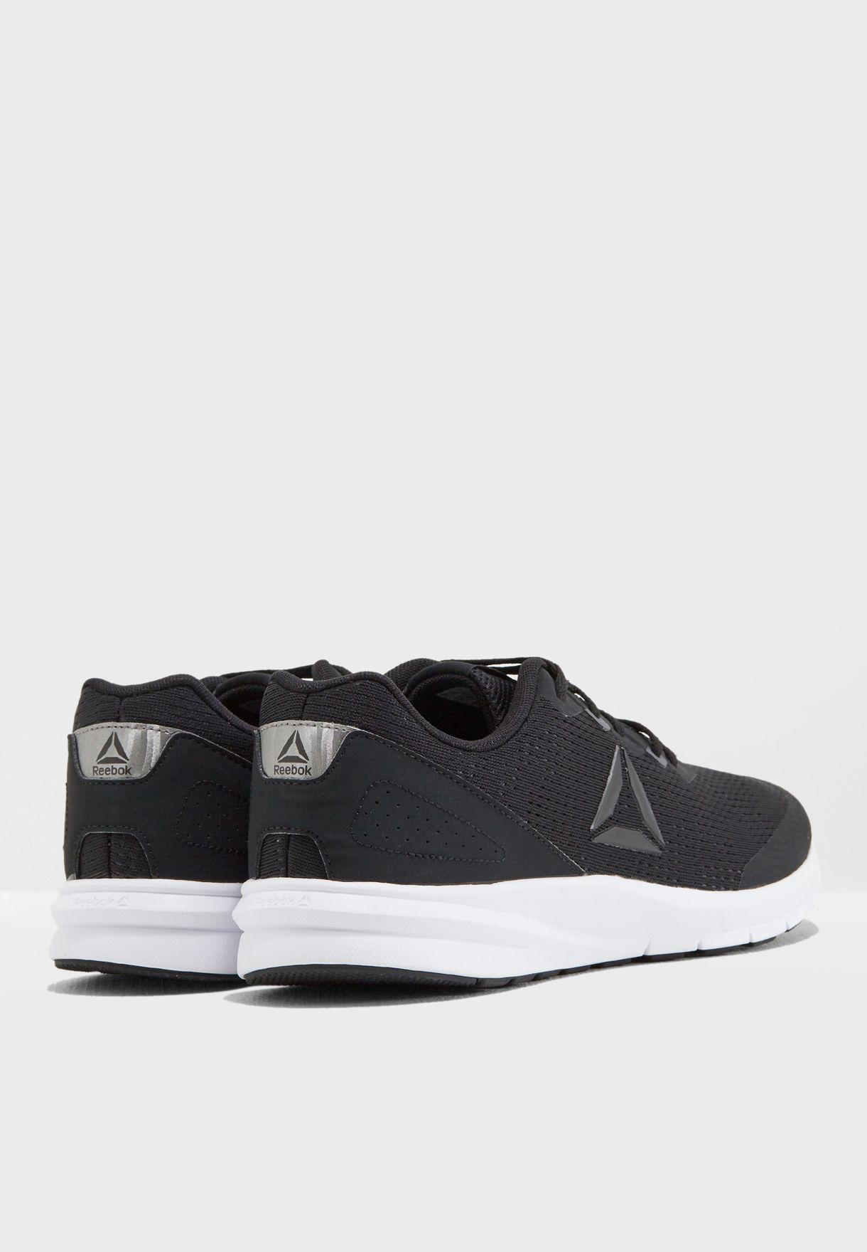 حذاء رانر 3.0