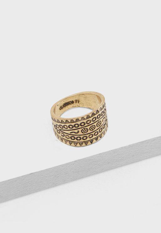 خاتم كيبر الحجم