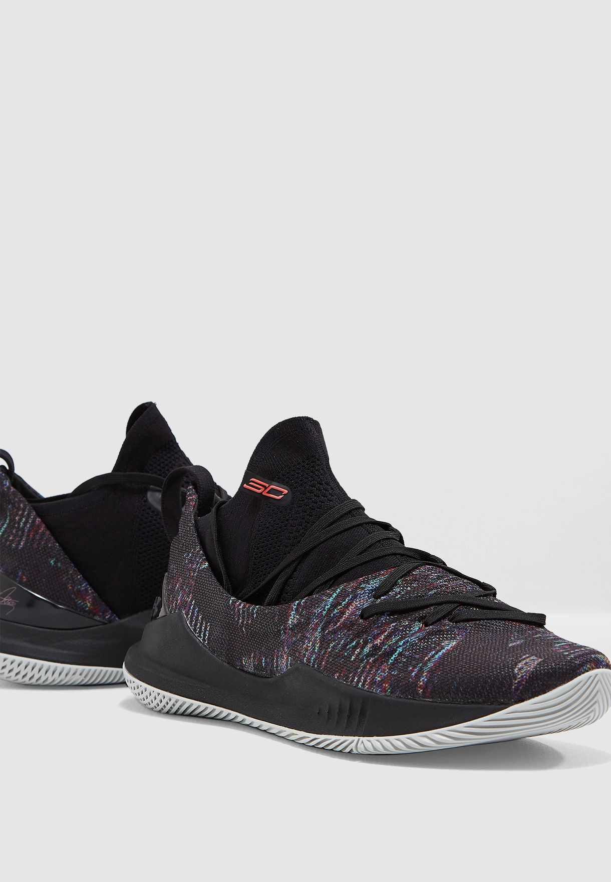 284c1e65eb0b Shop Under Armour multicolor Curry 5 3020657-005 for Men in UAE -  UN700SH97MCO