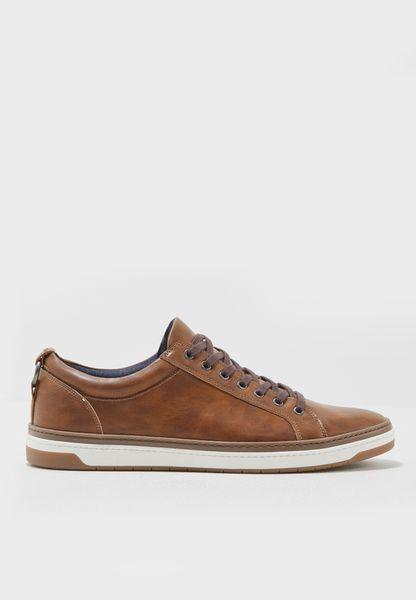 Unoclya Sneakers