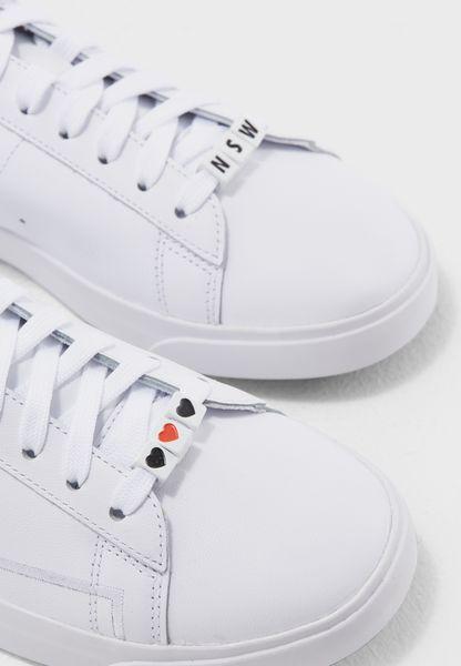 Nike. Blazer Low SE LX