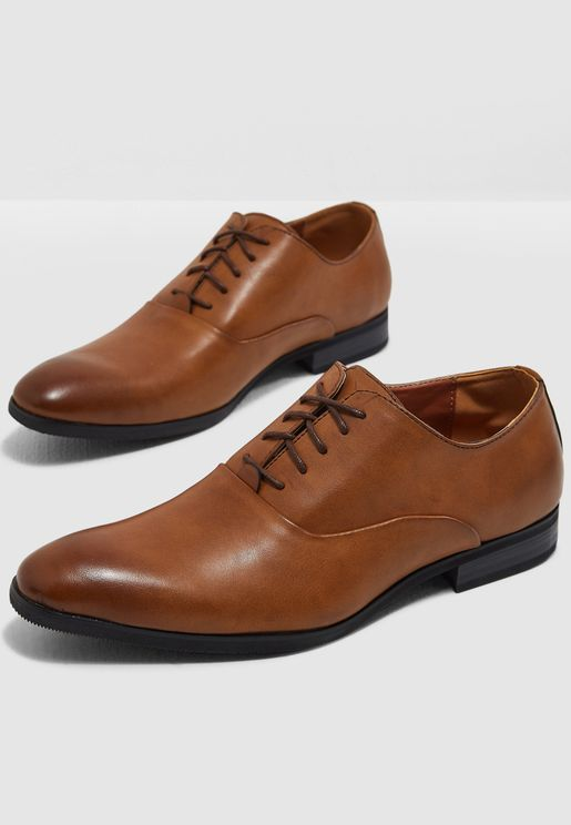 Classic Oxford Lace Ups