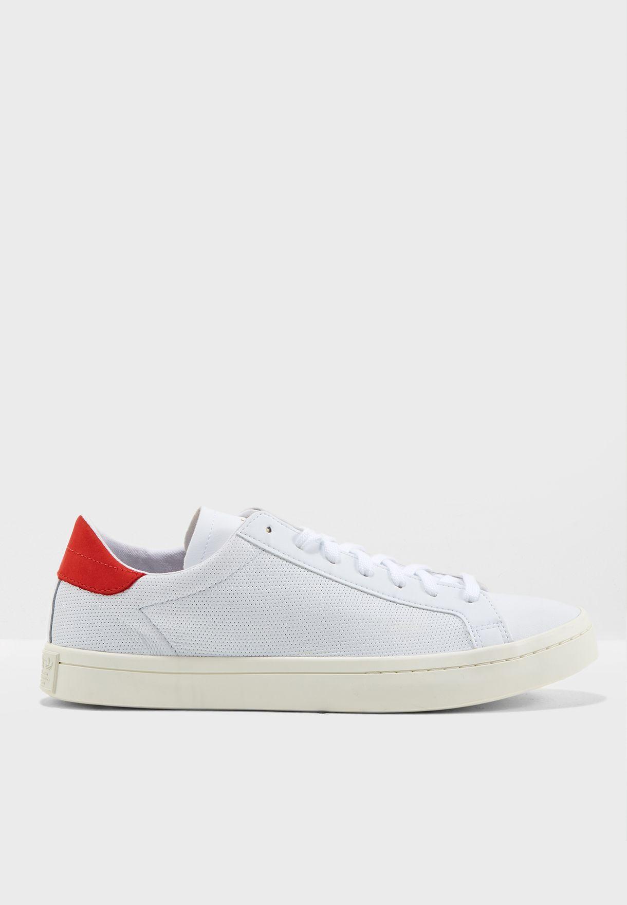 newest 3dd09 5475a Shop adidas Originals white Courtvantage CQ2566 for Men in Saudi -  AD478SH97BDE