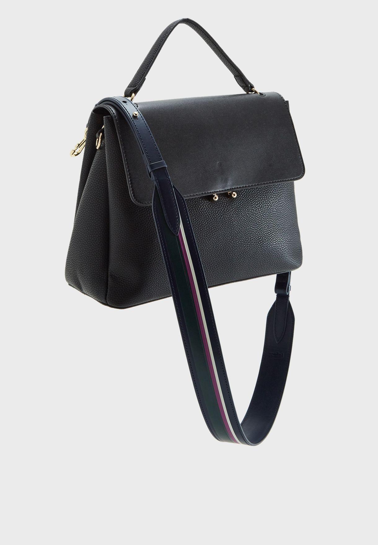 حمالة حقيبة مزينة بخطوط