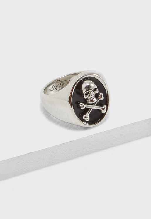 Skull Detail Signet Ring