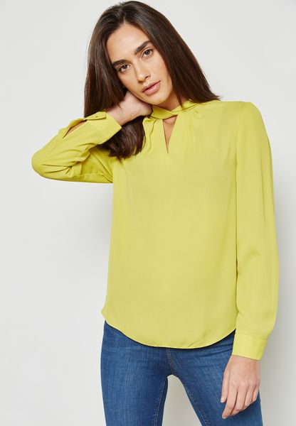 Twisted Choker Neck Top
