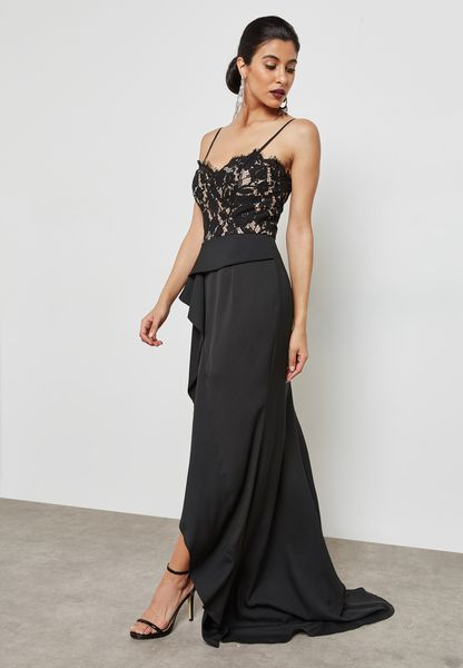 Lace Detail Ruffle Maxi Dress