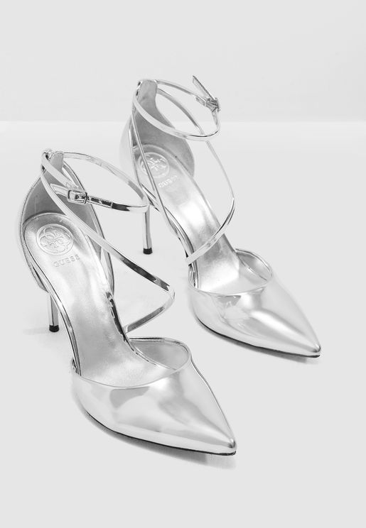 Bizzy Heeled Pump