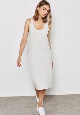 فستان ميدي بخطوط