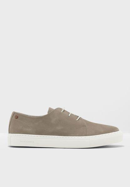 Atlas Sneakers