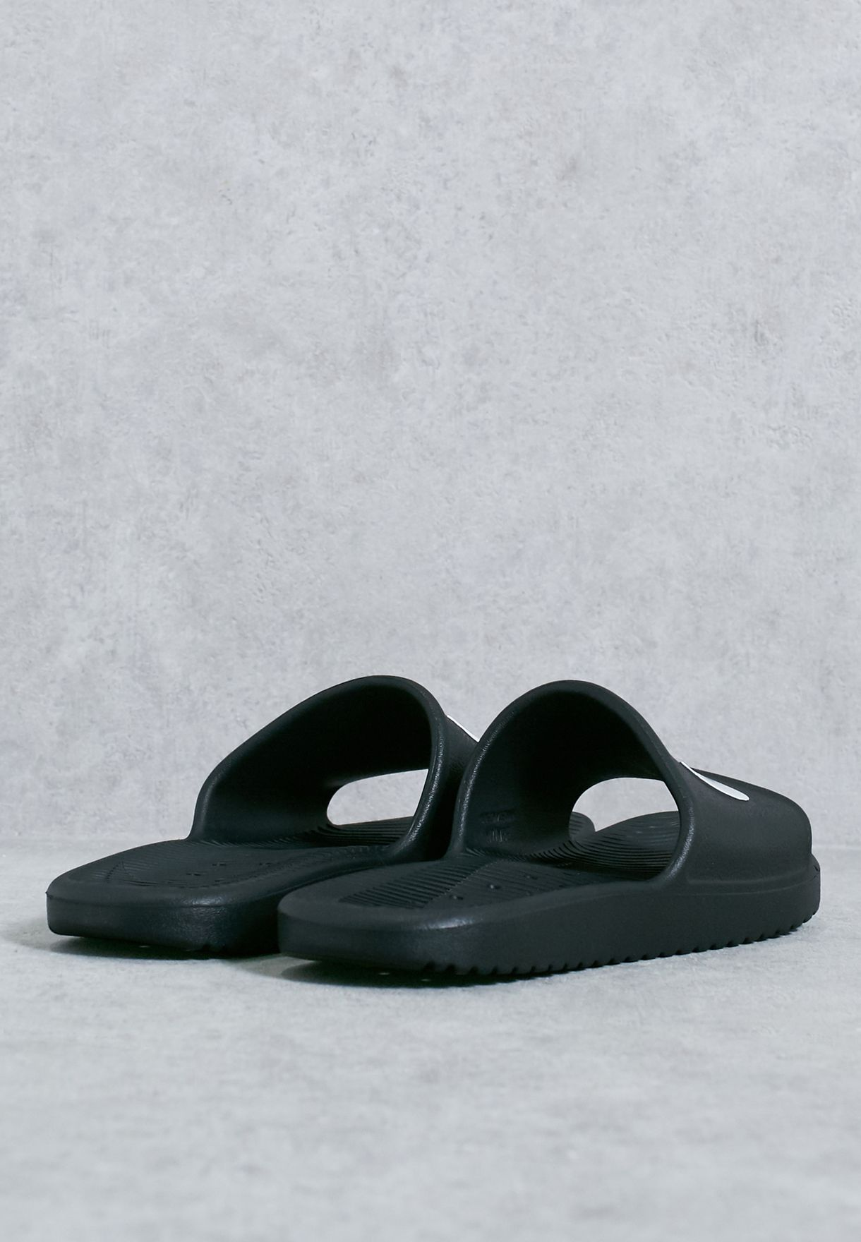 2b2fb3cb7ec252 Shop Nike black Kawa Shower 832655-001 for Women in UAE - NI727SH77WWO