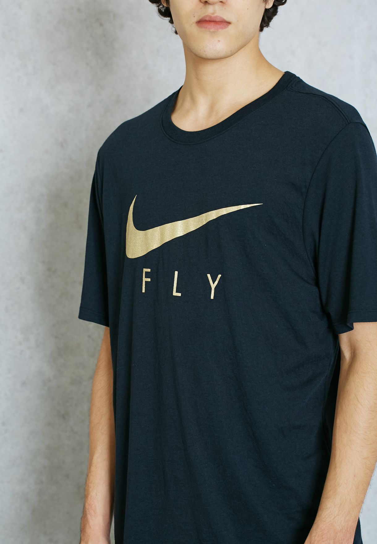 5177bcb4 Shop Nike black Flying Droptail T-Shirt 806879-011 for Men in Oman ...
