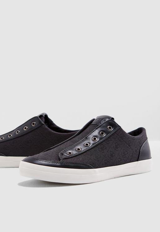 Mitt Sneakers
