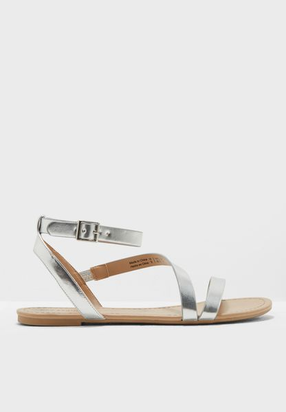 Bellana Metallic Buckle Up Sandal
