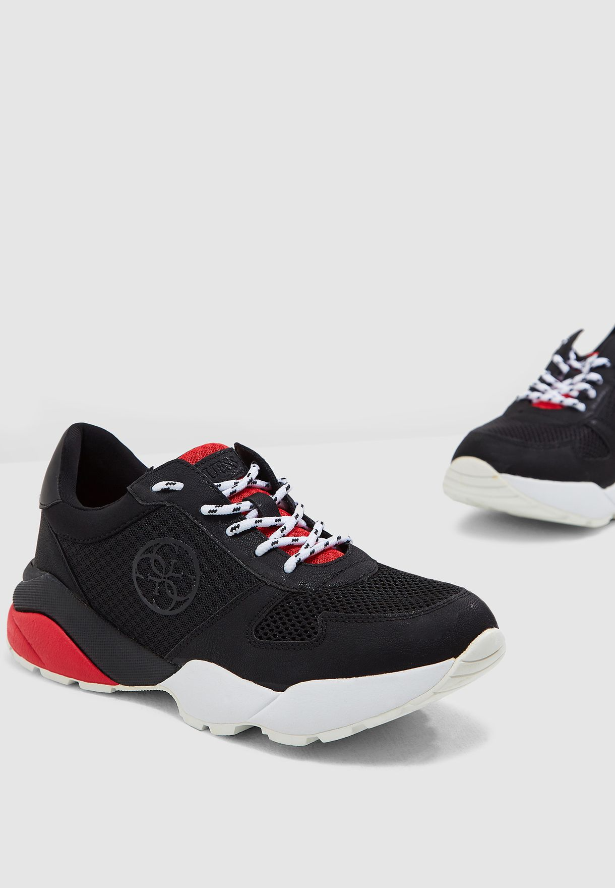 7de0e34ca23 Shop Guess black Speed Low Top Sneaker gwSPEED3 for Women in UAE ...