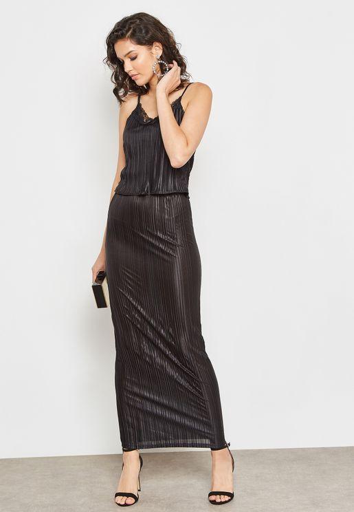 Lace Trim Layered Plisse Maxi Dress
