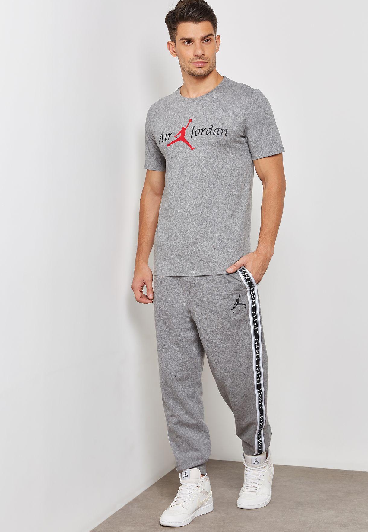 557259ac475 Shop Nike grey Jordan Jumpman Air Sweatpants AR2250-091 for Men in ...