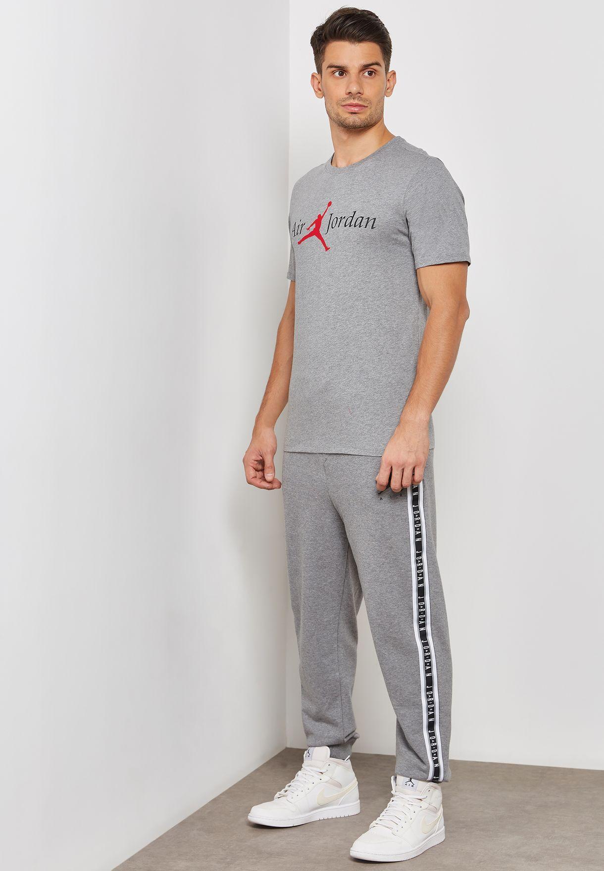 66986d28c3607c Shop Nike grey Jordan Jumpman Air Sweatpants AR2250-091 for Men in ...