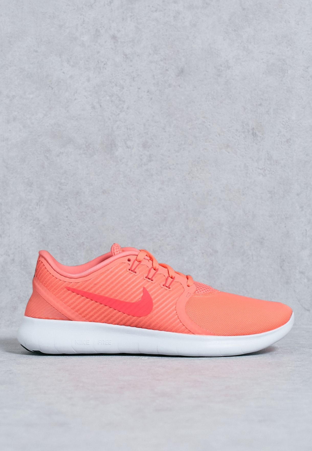 new concept 4c248 bfb6c Shop Nike pink Free RN Cmtr 831511-600 for Women in Qatar - NI727SH57ZIW
