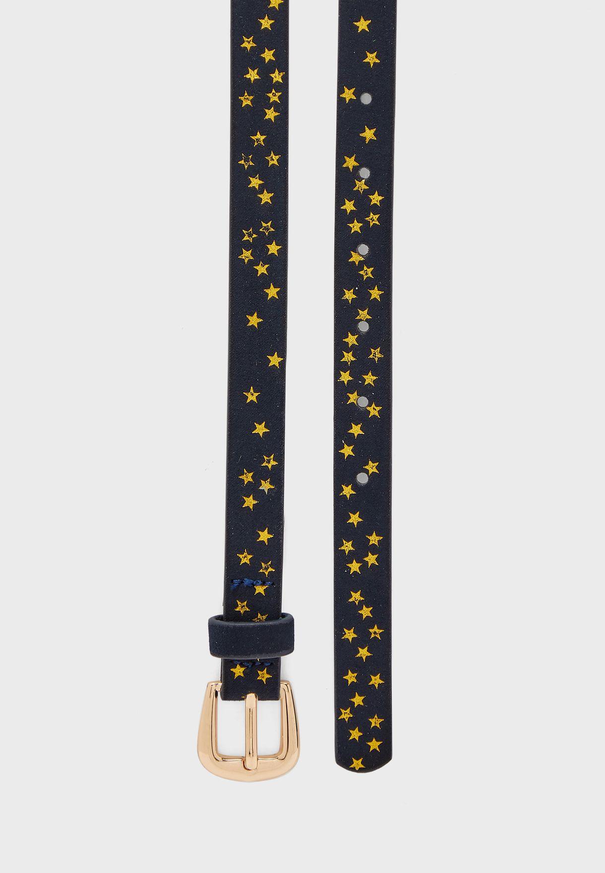 حزام مزين بشكل نجوم