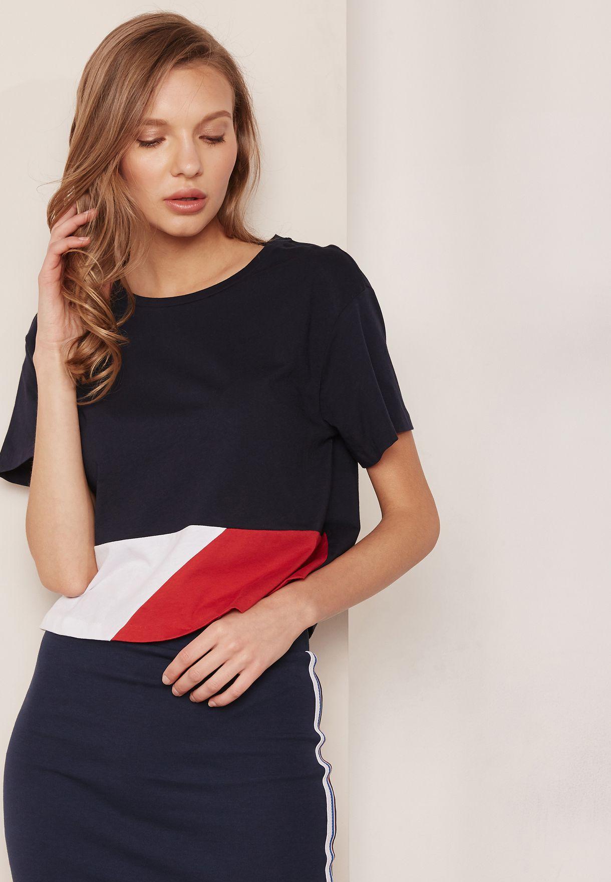 cb6844db1def1 Shop Tommy Hilfiger navy Colourblock Crop Top WW0WW21994 for Women in Qatar  - TO279AT57LSS