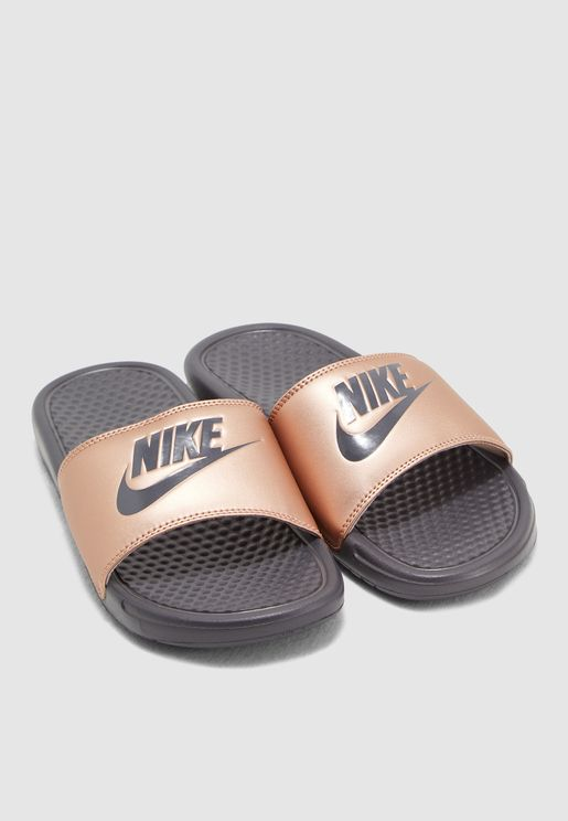 318ef1ab6a79 Nike Shoes for Women